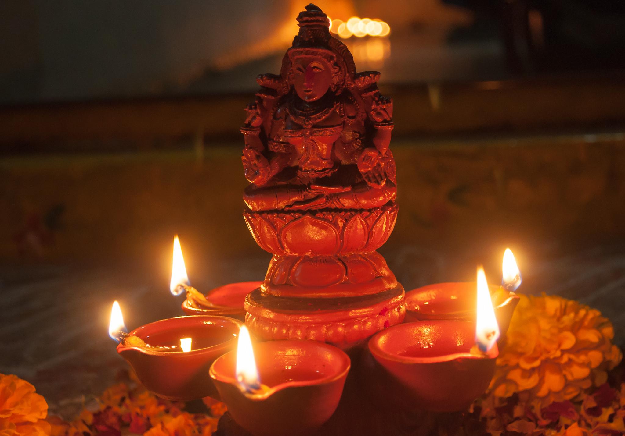 Altar dedicado a Lakshmi, fotografía de Subash