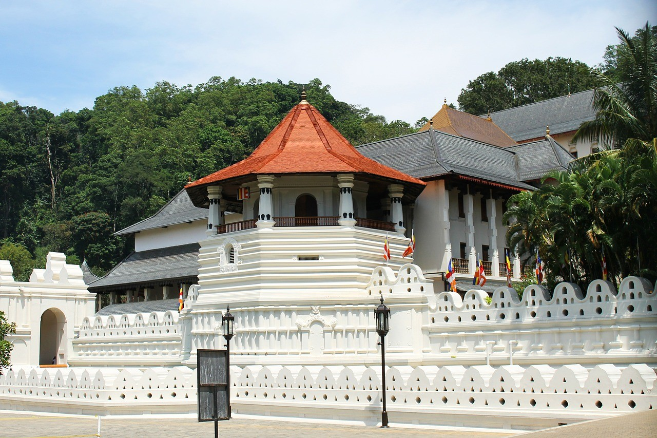 temple-204803_1280