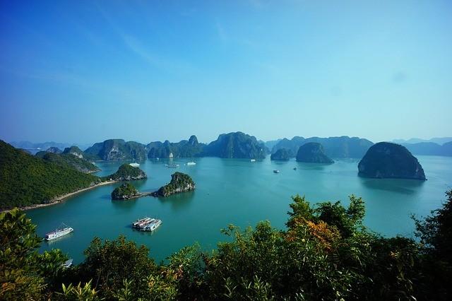 Descubre todo lo que puedes hacer en la Bahía de Halong