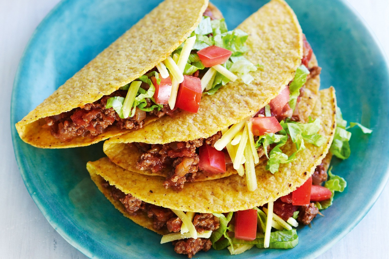 aussie-style-beef-and-salad-tacos-86525-1