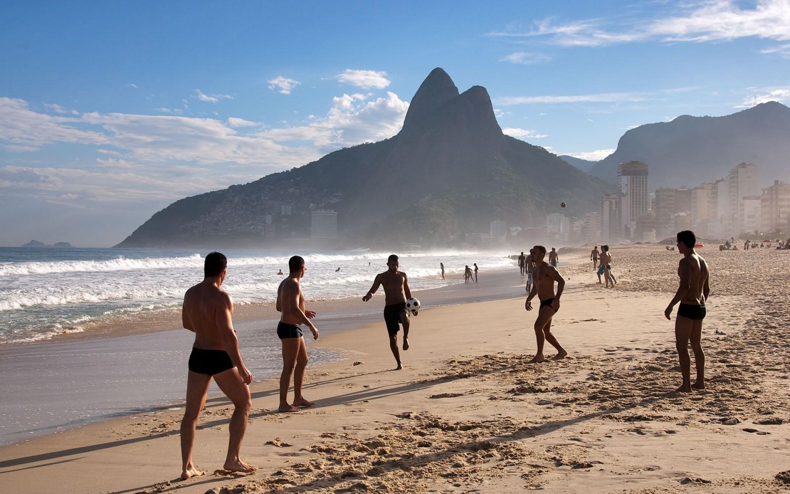 ipanema-beach-sports